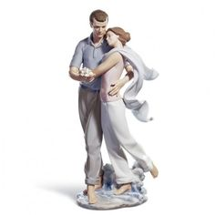 Attention all Lladro figurines collectors! Lladro for sale here! I found the most beautiful, cute and unique Lladro porcelain figurines for sale! Porcelain Jewelry, Fine Porcelain, Porcelain Ceramics, Porcelain Doll, Painted Porcelain, Thomas Kinkade, Youre Everything To Me, Art Deco, Collectible Figurines