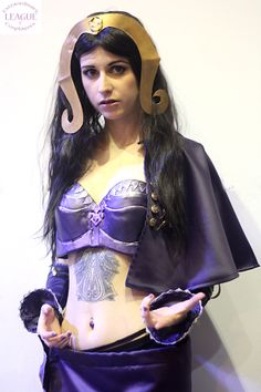 Liliana Vess Magic the Gahering Cosplay Stacey Rebecca Cosplayer Alt Model