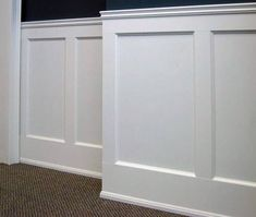 9 Serene Tips: Wainscoting Dining Room Foyers painted wainscoting hallway.Wainscoting Bedroom Revere Pewter stained wainscoting board and batten. Wainscoting Height, Painted Wainscoting, Wainscoting Bedroom, Dining Room Wainscoting, Wainscoting Ideas, Wainscoting Panels, Black Wainscoting, Picture Frame Wainscoting, Bathroom With Wainscotting