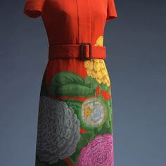 One-piece dress using chirimen, a traditional Japanese silk crêpe, with big (oni-shibo) wrinkles. Hanae Mori was one of the pioneers who first took Japanese fashion to the international market. Preparing for a 1965 show in New York, she asked herself where Japanese tradition lay, and eventually concluded that it lay in the kimono fabric.