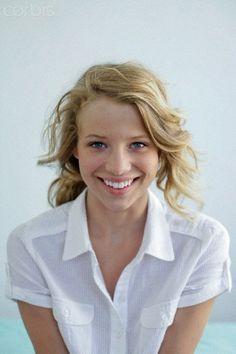 beautifull young woman portrait