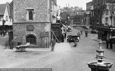 Photo of St Albans, Drinking Fountain 1921 Temple Bar, Drinking Fountain, St Albans, Places Ive Been, The Past, England, Street View, Pictures, Photos