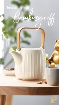 Miniatur 4 Tassen plus Zubehör Kaffeegeschirr für Puppenstuben