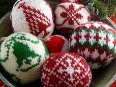 Knitted Christmas Balls | Flickr - Photo Sharing!