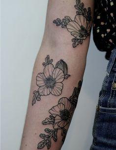 Tatouage bras floral - Un tatouage sur le bras ? Nos jolies idées pour sauter le pas - Elle
