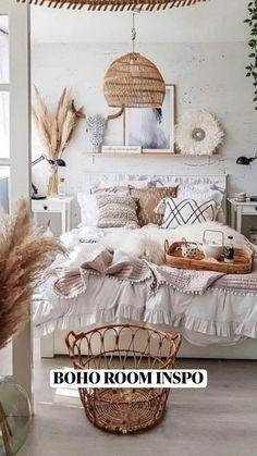Boho Chic Living Room, Boho Chic Bedroom, Boho Room, Room Ideas Bedroom, Home Bedroom, Bedroom Layouts, Home Interior Design, Room Inspiration, Natural Bedroom