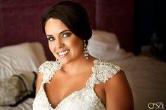 Maquillaje para ojos verdes, maquillaje para novias, peinado recogido perfecto para novias. Cancun, mexico