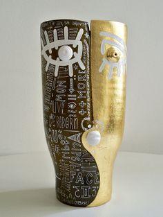 "GREGOIRE DEVIN - Artist | SCULPTURES ""Face to Face"" Trophy for the 2014 European Film Festival - Paint on Ceramic in collaboration with the DALO - Paris - 30x17cm - Grégoire DEVIN"