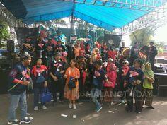 Gebyar Reuni Akbar SMANTI Dimulai, Ini Keseruannya https://malangtoday.net/wp-content/uploads/2017/08/Gebyar-Reuni-Akbar-SMANTI-Ren.jpg MALANGTODAY.NET – Gebyar reuni akbar SMAN 3 Malang (SMANTI) sudah dimulai. Pagi ini, ribuan alumni dari seluruh penjuru Indonesia pun berkumpul untuk melepas kangen. Dimulai dengan jalan sehat dan sarapan bareng, temu kangen ini masih akan berlanjut sampai sore nanti. Buat yang belum... https://malangtoday.net/malang-raya/kota-malang/ge