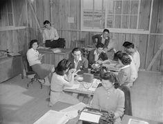 [Photo] Newspaper staff at work, Jerome War Relocation Center, Arkansas, United States, 16 Nov 1942 Japanese American, National Archives, World War Ii, Arkansas, Newspaper, Wwii, United States, History, World War Two