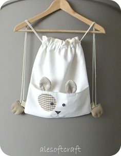 Ale soft craft // http://www.alesoftcraft.blogspot.it/2014/09/un-gattino-in-spalla.html#comment-form