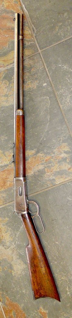 Winchester rifle 1894 lever action .32 caliber. Octagonal barrel. 1908 or 1911 manufacture date. Gun that won the west.