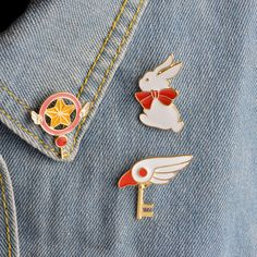 Rabbit Bird Head Wing Star stick Magic Wand Key Bowknot Brooch For Women Men Hat Sweater Jacket Collar Pins Badge Anime Jewelry