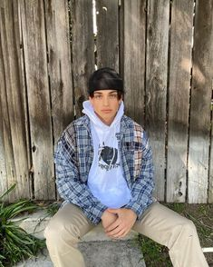 #fashion #outfits #handsome #fine Outfits Hombre, Indie Outfits, Retro Outfits, Boy Outfits, Cute Outfits, Indie Boy, Mode Streetwear, Streetwear Fashion, Vintage Clothing