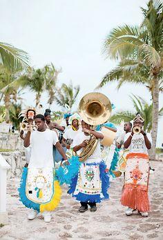 junkanoo-parade-harbor-island-bahamas-wedding.jpg