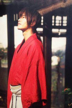 Sato Takeru in 'Theater culture magazine T' Saitama, Rurouni Kenshin Movie, Samurai, Mirai Nikki Future Diary, Takeru Sato, Japanese Boy, Bollywood Actors, Drama Movies, Asian Actors