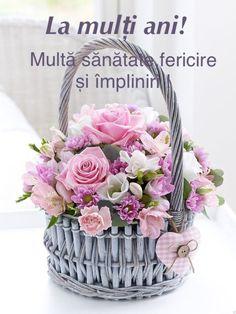 Basket Flower Arrangements, Beautiful Flower Arrangements, Beautiful Flowers, Flower Basket, My Flower, Flower Pots, Blooming Flowers, Spring Flowers, Shades Of Light Blue