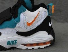 b5e08c354a5 Nike Air Max Speed Turf in the Miami Dolphins Jordan Release Dates