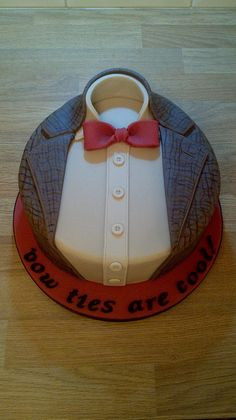 """Cool Fathers Day Cake"".  ah, the ignorance. this kind will be the first to be EXTERMINATEd. ;)"