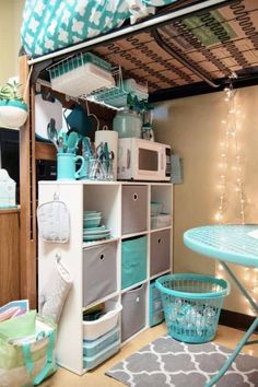 15 organization ideas for dorms, bedrooms, and small spaces! These dorm room storage hacks work great for teen bedrooms too.