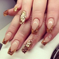 Glitter nails are always in style French Nails Glitter, Gold Nails, Glitter Nails, Gold Glitter, Sparkle Nails, Gold Sparkle, Creative Nail Designs, Creative Nails, Fabulous Nails