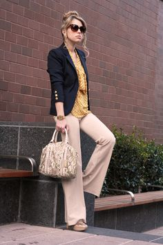 Blazer / Flare / Yellow / Neutral / Casual