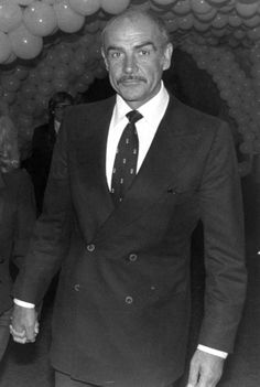 sean connery double breasted suit