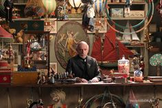 Ben Kingsley in 'Hugo', designed by Dante Ferretti (directed by Martin Scorsese) Martin Scorsese, Set Design, Stage Design, Hugo Movie, Hugo Cabret, Tv Show Music, Around The World In 80 Days, Toys Shop, Toy Store