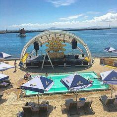 Set up for Oliver Schories at Shimmy Beach Club Sydney Harbour Bridge, Beach Club, Sun Lounger, Gazebo, Deck, Travel, Chaise Longue, Kiosk, Viajes
