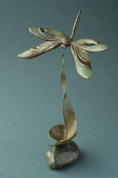 Escultura de Libelula - dragonfly sculpture