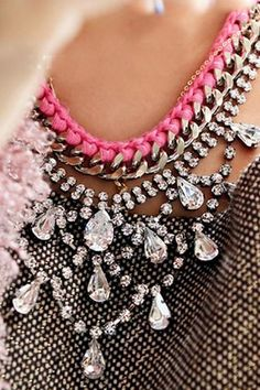 Luxury statement necklace