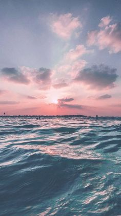 Iphone Wallpaper - Sunset Sea Sky Ocean Summer Green Water Nature - Wallpaper World Iphone 6 Wallpaper, Nature Wallpaper, Iphone Backgrounds, Wallpapers Ipad, Pretty Backgrounds, Summer Backgrounds, Landscape Wallpaper, Trendy Wallpaper, Pink Ocean Wallpaper