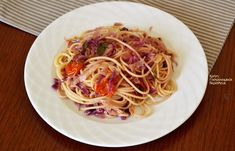 cretangastronomy.gr Spaghetti, Vegan, Ethnic Recipes, Food, Essen, Meals, Vegans, Yemek, Noodle