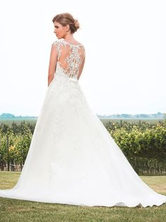 Lace Wedding, Wedding Dresses, Rock, Fashion, Wedding Dress Lace, Dress Wedding, Curve Dresses, Bride Dresses, Moda