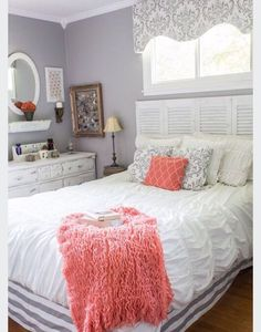 My bedsheets atm are almost exactly the same, wanting to know where to get cute pillows and throw blankets and maybe a matching little rug. Help please!