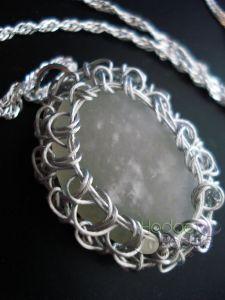 http://hodgepodgecrochet.wordpress.com/ Crochet Wire Wrapped Jewelry