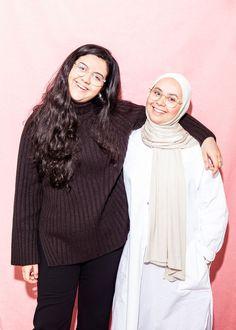 Naar aanleiding van een artikel in Het Parool over Sofia en Najoua Sabbar, twee Amsterdamse tieners voor wie uitzetting naar Marokko dreigt, is een... Amsterdam, Wednesday, Morocco