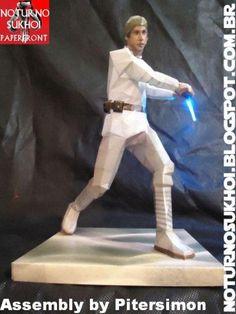 Star Wars - Luke Skywalker Jedi Paper Model - by Noturno Sukhoi   ==           From Star Wars Universe, here is Luke Skywalker in his Episode IV version, in one cool creation by Brazilian team Noturno Sukhoi.