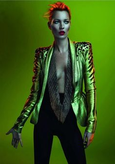Glam Rock look - think David Bowie (originally from Vogue Paris May 2011 by Mert & Marcus / Kate Moss) studded blazer gold leather future forward fashion Foto Fashion, Fashion Shoot, Editorial Fashion, Fashion Art, Trendy Fashion, Street Fashion, Fashion Poses, 1930s Fashion, Vogue Fashion