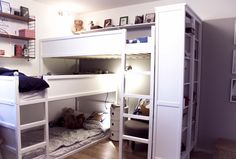 bunk bed for three - how we solved having three kids in one room