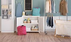 Cottage/Country Laundry & Mud Rooms Design