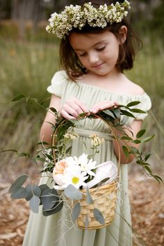 Flower Girl Dresses by KirstieKelly.com | On Style Me Pretty |  Belathee Photography