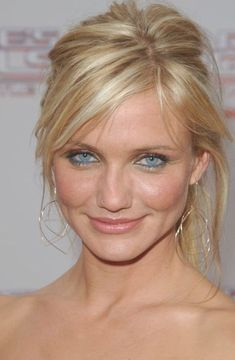 Sexy Cameron Diaz Pictures Celebrity Hairstyles, Trendy Hairstyles, Blonde Celebrity Hair, Cameron Dias, Cameron Diaz Style, Actrices Sexy, Brown Blonde Hair, Actrices Hollywood, Winter Mode