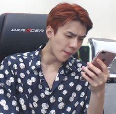 Sehun, Kpop Memes, Blackpink Memes, Meme Faces, Funny Faces, K Pop, Memes Chinos, Memes Gretchen, Reaction Face