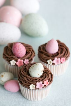 Easter eggs in nest cupcakes