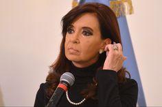 अर्जेटीना के एक न्यायाधीश ने दिवंगत अधिकवक्ता अल्बटरे निसमैन द्वारा राष्ट्रपति क्रिस्टीना फर्नाडीज पर लगाए गए उन आरोपों को गुरुवार को खारिज कर दिया जिसमें