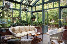 Amazing conservatory greenhouse ideas for indoor-outdoor bliss - Garden Room Indoor Outdoor, Outdoor Rooms, Indoor Plants, Outdoor Living, Hanging Plants, Indoor Garden, Outdoor Ideas, Porch Garden, Terrace Garden