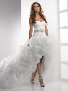 Hollywood Glam Ivory White $$ - $701 to $1500 Ball Gown Beading High-Low Organza Pick Ups Sash/Belt Sleeveless Sottero & Midgley Strapless Sweetheart Wedding Dresses Photos & Pictures - WeddingWire.com