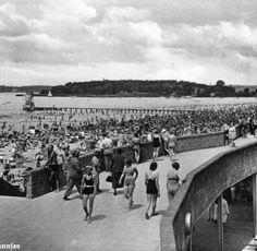 BERLIN 1932, Flaneure am Strandbad Wannsee