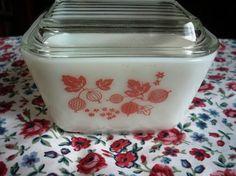 Vintage Pyrex Refrigerator Pink Gooseberry by LocalHoneyCrafts, $6.50
